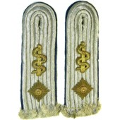 Heeres or Luftwaffe Oberleutnant sew in shoulder boards