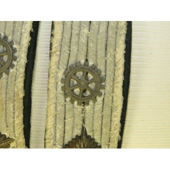 Kriegsmarine Engineering Obrleutnant shoulder boards. Espenlaub militaria