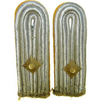 Luftwaffe Oberleutnant shoulder boards. Espenlaub militaria