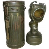 Waffen SS or Wehrmacht Heer/ German army gasmask with canister.