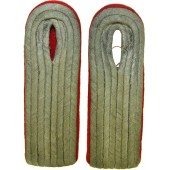 Wehrmacht artillery Leutnant slip on shoulder boards with red felt waffenfarbe backing