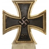 "EK1, Iron Cross, first class, 1939, marked ""20"""
