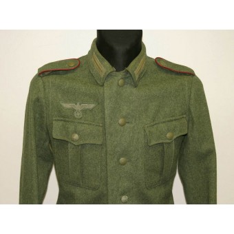 M40 Wehrmacht artillery tunic in enlisted rank of Kanonier