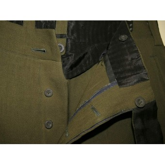 Soviet Russian M 35 RKKA field breeches for officer with crimson piping for infantry. Espenlaub militaria