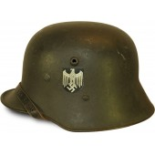 Single decal Austrian M 16 helmet. Interesting variant