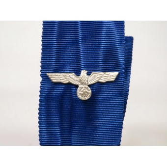Wehrmacht Long Service medal with eagle on the ribbon. Espenlaub militaria