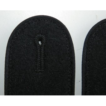 Waffen SS Pioneer shoulder boards with black vikose piping. Espenlaub militaria