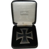 Iron Cross 1st Class, 1939. L / 11  Wilhelm Deumer in box
