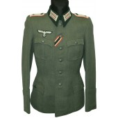 German officer's tunic/Feldbluse for armored /anti-tank Ober-leutnant