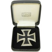 L/15 Iron cross first class with LDO box