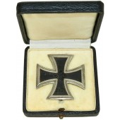 """Iron Cross 1939, 1st Class with original box of issue, marked """"20"""""""