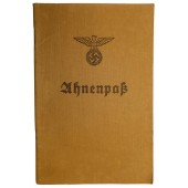 Ahnenpaß- the ancestry book of pure Aryan blood. Zentralverlag der NSDAP