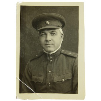 Photo of a wounded Red Army Major in the field uniform  size: 6x8,5cm. Espenlaub militaria