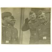 Luftwaffe Flak men. Iron cross and Flakkampfabzeichen