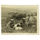 German Wehrmacht machine gun observers crew on position