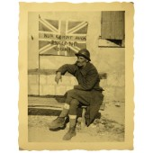 "Photo of french POW and the british flag with German inscription -""Nun kommt auch england dran"""