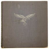 """""""Fliegende Front"""", 1942, Full colour heavily illustrated book"""