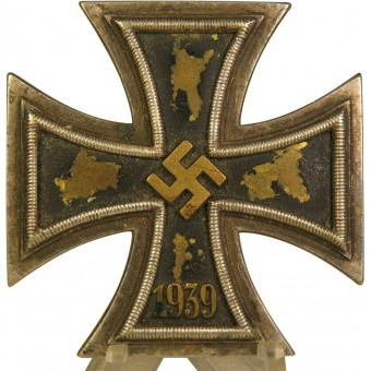 Iron cross 1939 1st class with yellow brass core. Espenlaub militaria