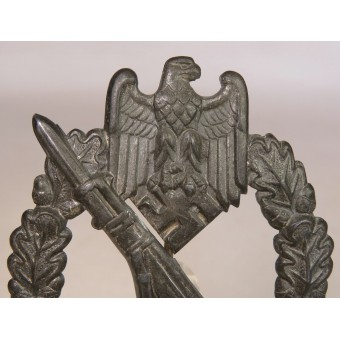 Infantry assault badge in Silver. Die stamped BH Mayer. Espenlaub militaria