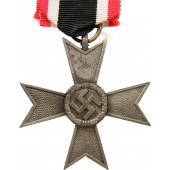 WMC- KVK 2nd class cross, 1939 without swords. Zinc, mint