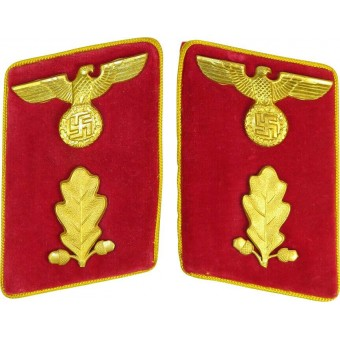 High ranking collar tabs in mint condition for Political leader in NSDAP. Espenlaub militaria