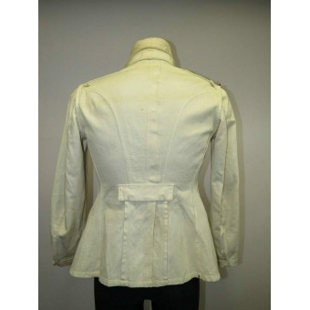 White walkout tunic for the commander of 25th Art. Reg. in rank Oberst. Espenlaub militaria