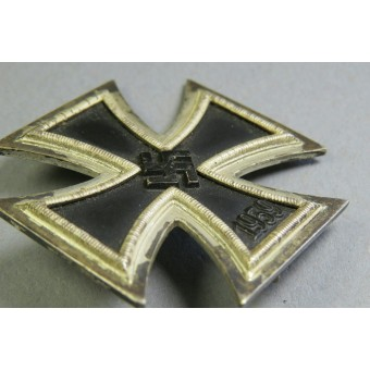 Iron Cross First Class 1939 with presentation Case, marked 100. Espenlaub militaria