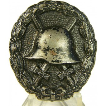 WW1 wound badge in black. Espenlaub militaria