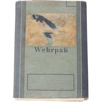 German WW2 Wehrpass owners service in WW1. Espenlaub militaria