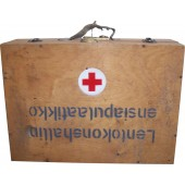 Finnish 1939-1944 year first aid wooden box