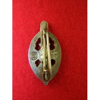3rd Reich NSKOV members pin, Nickel, RZM M 1/52. Espenlaub militaria