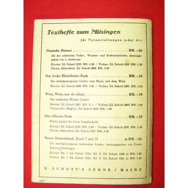 Soldiers military songs book- Green nr 1- Books, Magazines, Newspapers