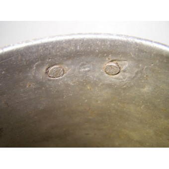 Round aluminum mess tin, soldiers trench made tin