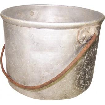 Round aluminum mess tin, soldiers trench made tin. Espenlaub militaria