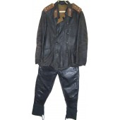 M 35 set of leather protective suit for Captain of armored troops, jacket +trousers.