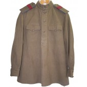 M 43 Gimnasterka for starshiy sergeant of MGB or Cavalry troops.