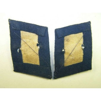 Luftwaffe blue collartabs for a medical personnel. Espenlaub militaria