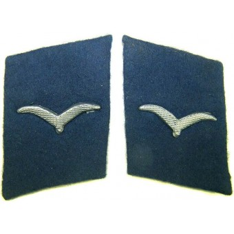 Luftwaffe blue collartabs for a medical personnel. Espenlaub militaria