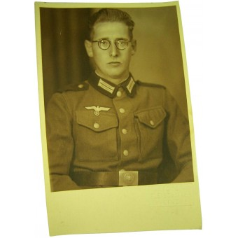 Original WW2 period made studio portrait German soldier in Austrian tunic.. Espenlaub militaria