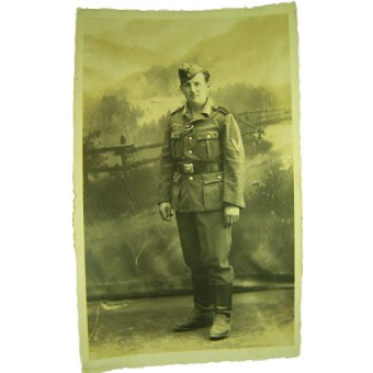 Original WW2 photo of a German Obergefreiter in a M40 tunic. Espenlaub militaria