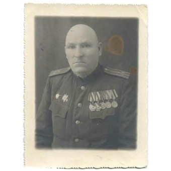 WW2 Soviet Russian Officer in rank colonel photo. Espenlaub militaria