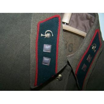 M35 Medical gymnasterka in rank Voenfeldsher for females.. Espenlaub militaria