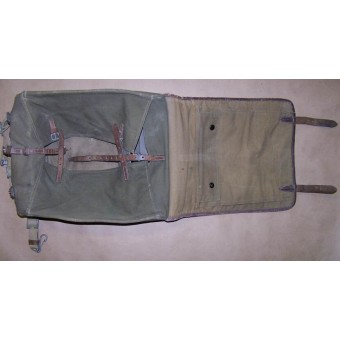 M 35 officers back pack in good condition. Espenlaub militaria