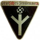Deutsche Frauenwerk, marked RZM M 1/72