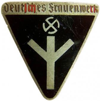 Deutsche Frauenwerk, marked RZM M 1/72. Espenlaub militaria
