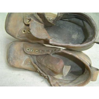 WW2 American Mountain and Ski boots. Land-lease. Espenlaub militaria