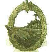 Kriegsmarine Zerstoerer-Kriegsabzeichen. Destroyer war badge. Kriegsmetall