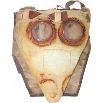 Imperial Russian M 15 Gas mask mask-snout with original bag. Espenlaub militaria