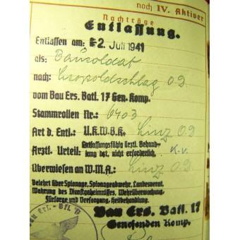 Wehrpass and other docs.. Espenlaub militaria