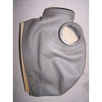 Finnish civil gas mask dated 1939 in original box.. Espenlaub militaria